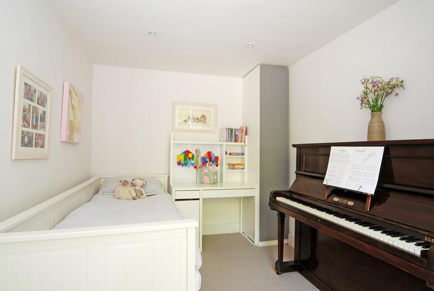 7-bedroom-copy
