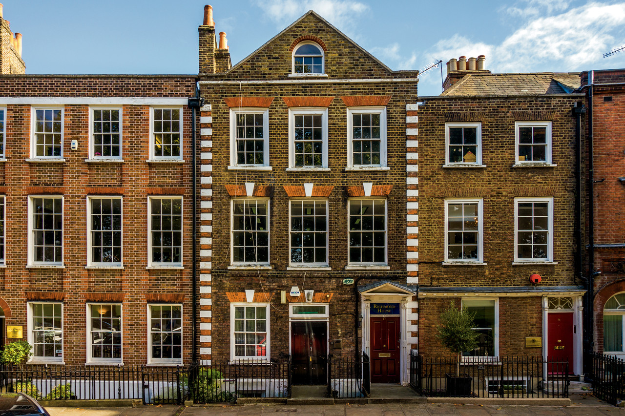 Richmond green cantell and co for Richmond signature homes